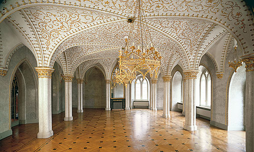 external link to the Marble Hall at Rosenau Palace
