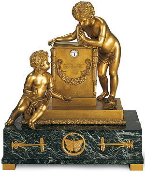 Picture: Bronze gilded mantel clock, Ehrenburg Palace
