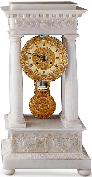Picture: Rosenau Palace, table clock made of alabaster